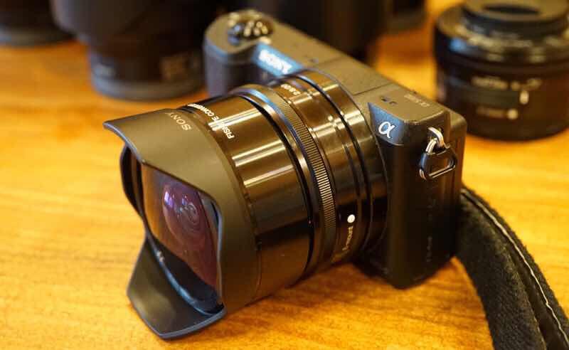E 20mm F2.8 +VCL-ECF2