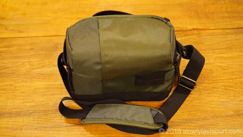 Manfrotto MB MS-SB-GR Lightweight Street Camera Shoulder Bag for CSC, Green